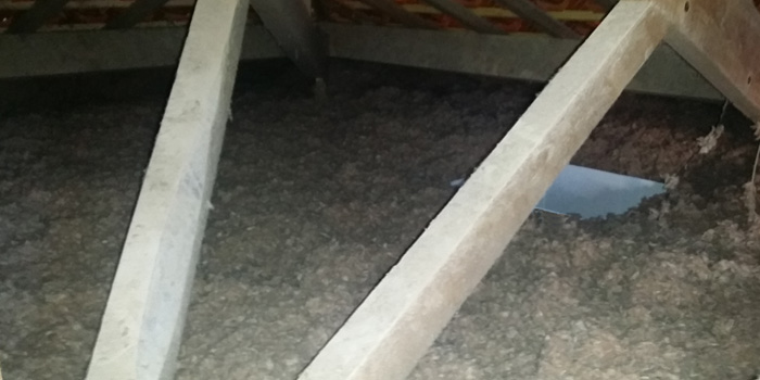 isolation toiture en laine de roche rockwool renovea. Black Bedroom Furniture Sets. Home Design Ideas