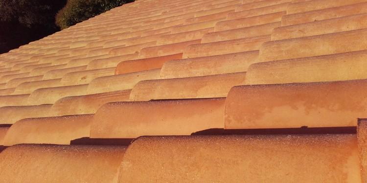Nettoyage et hydrofugation de toiture