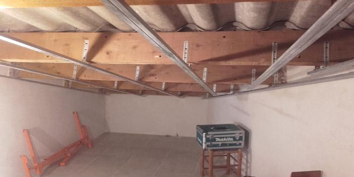 Isolation D Un Plafond Sous Rampant En Laine De Roche Renovea