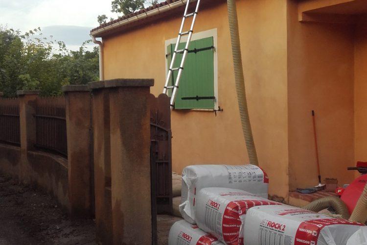 Isolation de toiture en laine de roche