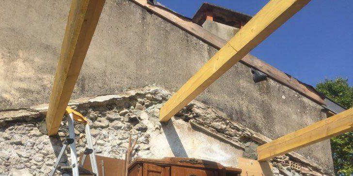 démontage de toiture et ancrage des pannes de bois