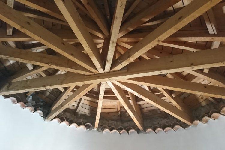 Traitement des bois de charpente à Toulon dans le Var